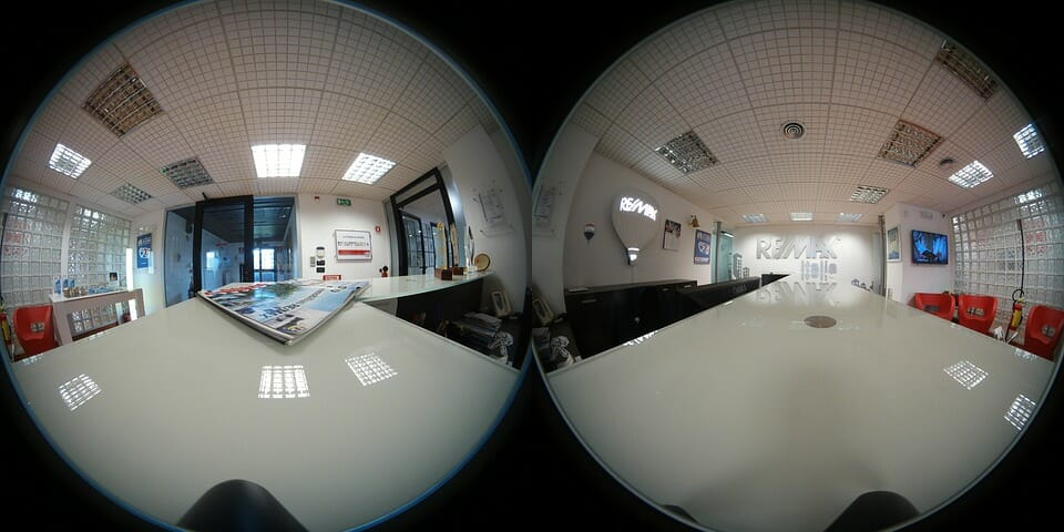 Unstitiched 360 photo used for virtual reality scripting