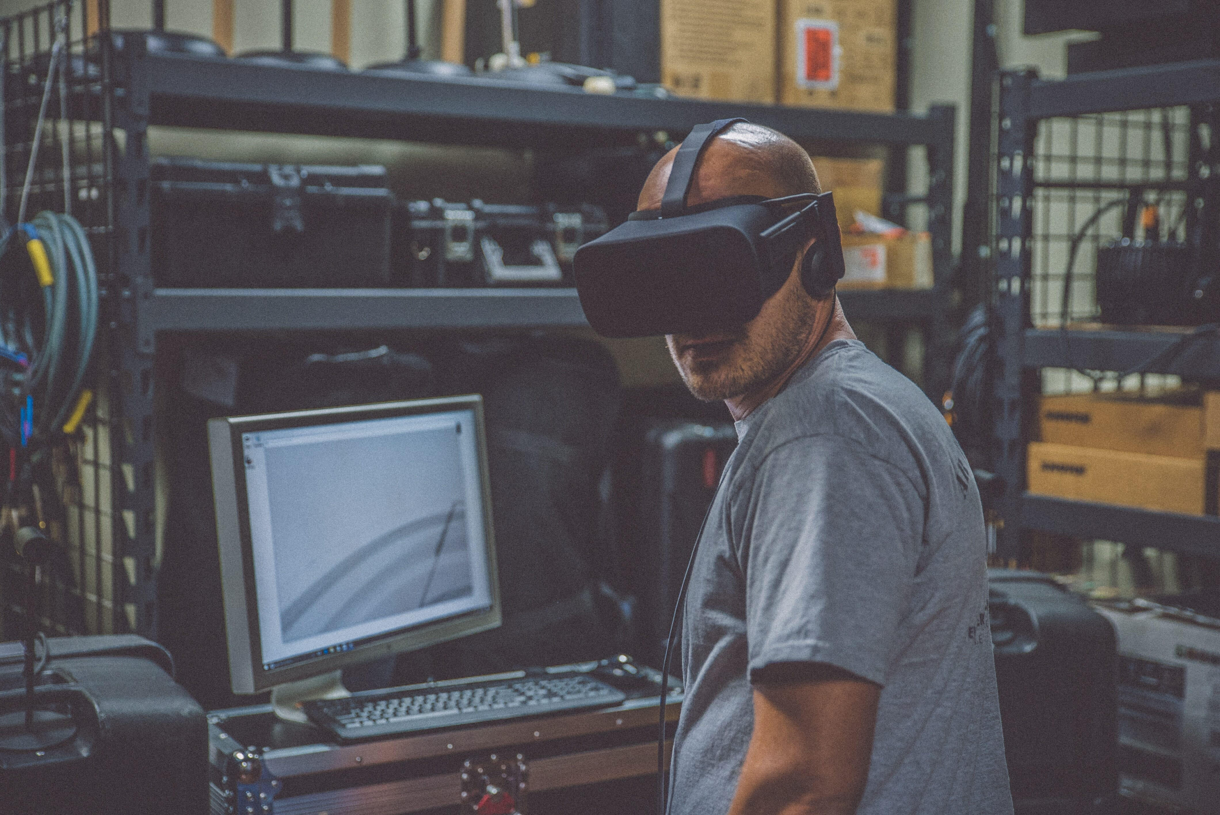 Benefits of using virtual reality for employee training purposes