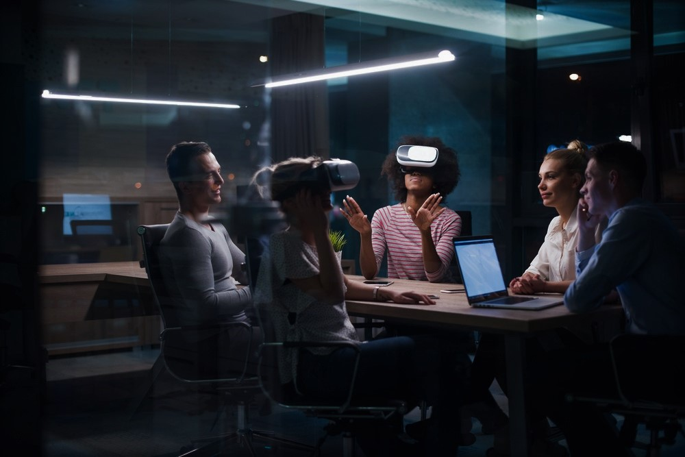 Using virtual reality for corporate learning and development