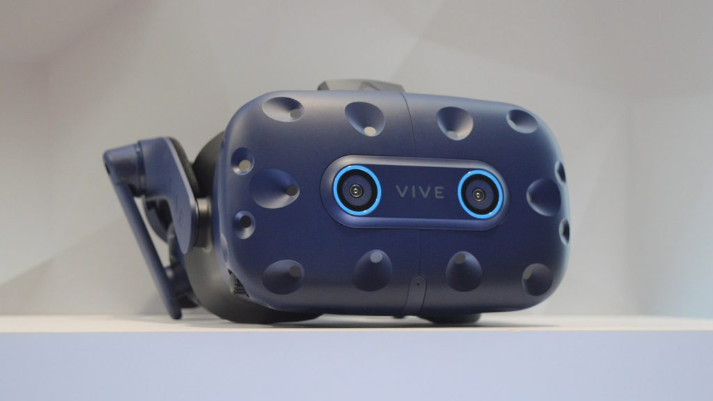 Virtual Reality Headset Vive Pro Eye has Eye-Tracking